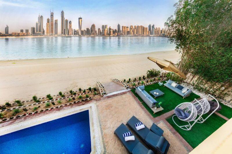 Dubai Holiday Villas with Pools